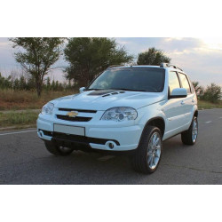 Капот пластиковый  Chevrolet Niva ВАЗ-2123 тюнинг